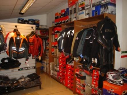 Abbigliamento vendita2